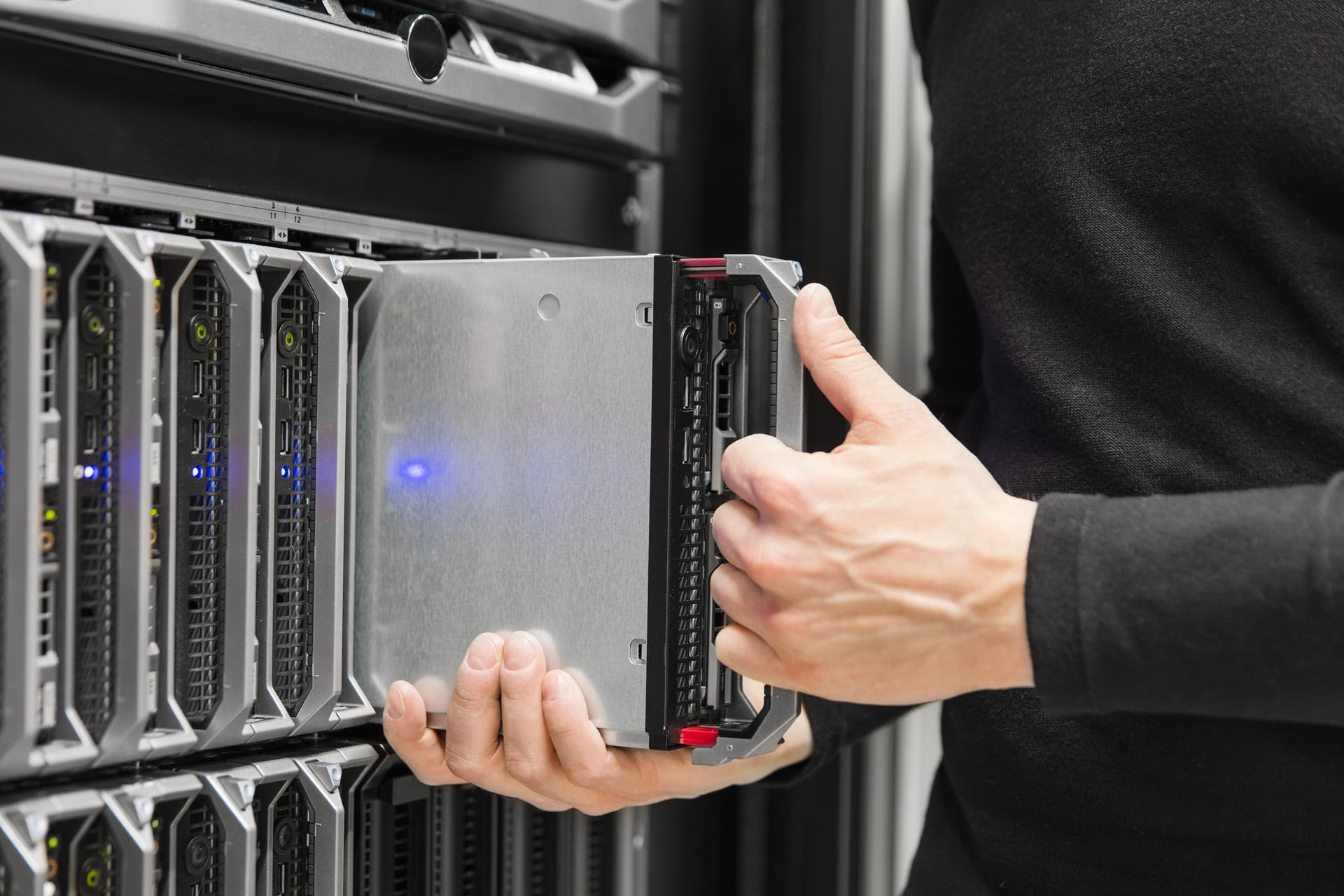 server-rack-slide.jpg